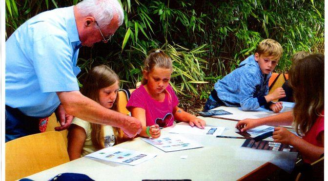Junge Briefmarkenfreunde Rheinfelden bei Sommerferienprogrammen in zwei Orten aktiv!
